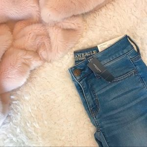 NWT AE Mid Wash Jeans